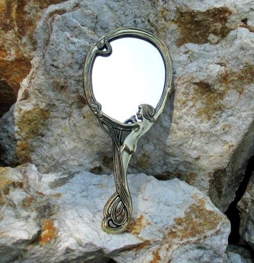 Handspiegel im Jugendstil Schmink Kosmetik Spiegel Taschenspiegel Messing
