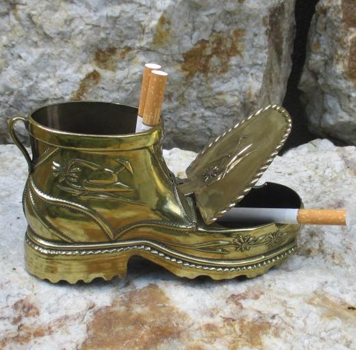 Aschenbecher Vase Schuh Stiefel Gold