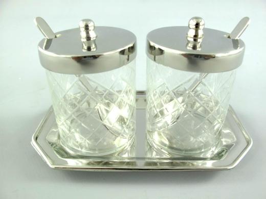 Edel Marmeladen Menage Set Konfitüre 2 Gläser mit Tablett und 2 Löffel