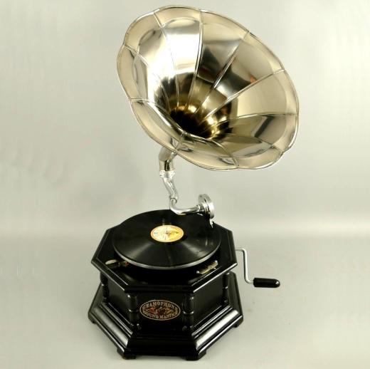 Grammophon Oktagon-Black Gramophone Gramofon mit Trichter Anitk Design Dekoration