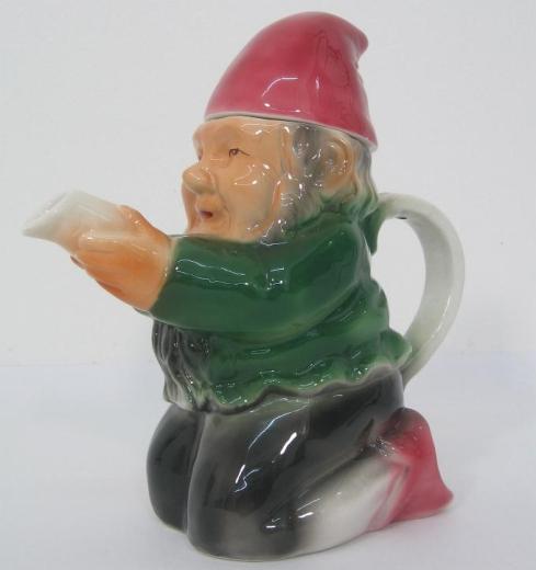 Figurenkanne Teekanne Keramik Figur Zwerg Kanne Sammelkanne Spritzdekor Kaffeekanne Figur