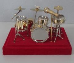 Miniatur Schlagzeug Ensemble mit Mikrophon Trommel Set