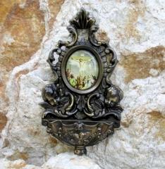 Weihwasserkessel Bronze Jesus am Kreuz