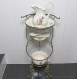 Wash set + stand antique sink basin pitcher Seifenschale night potted roses
