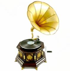 Grammophon Oktagon Gramophone Gramofon mit Trichter Anitk Design Dekoration